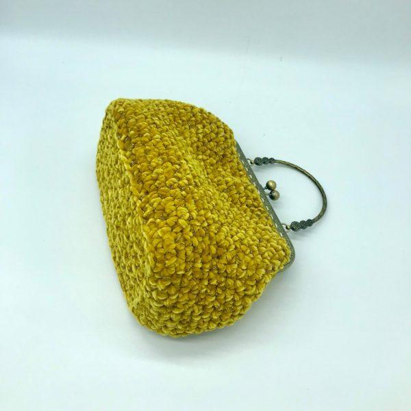 Bolso color mostaza estilo vintage de crochet modelo Susy hecho a mano por kaykai