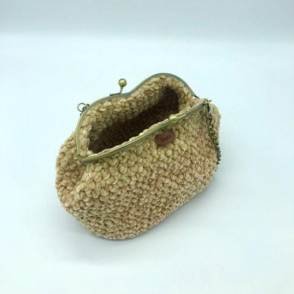 Bolso beige de crochet con cierre de boquilla modelo Vera hecho a mano por kaykai