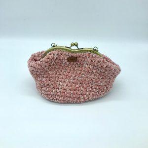 bolso rosa de crochet estilo vintage modelo Vera. kaykai